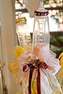 Baby Bottle Wands!! Love these for a centerpiece for baby shower❤