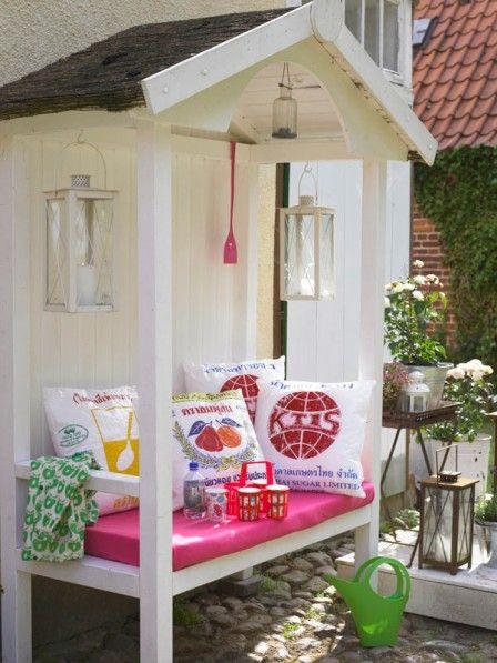 Gartenmöbel: Liegen oder sitzen?