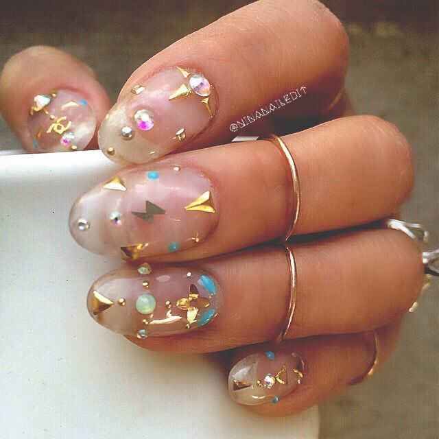 1000+ Ideas About Nail Studs On Pinterest