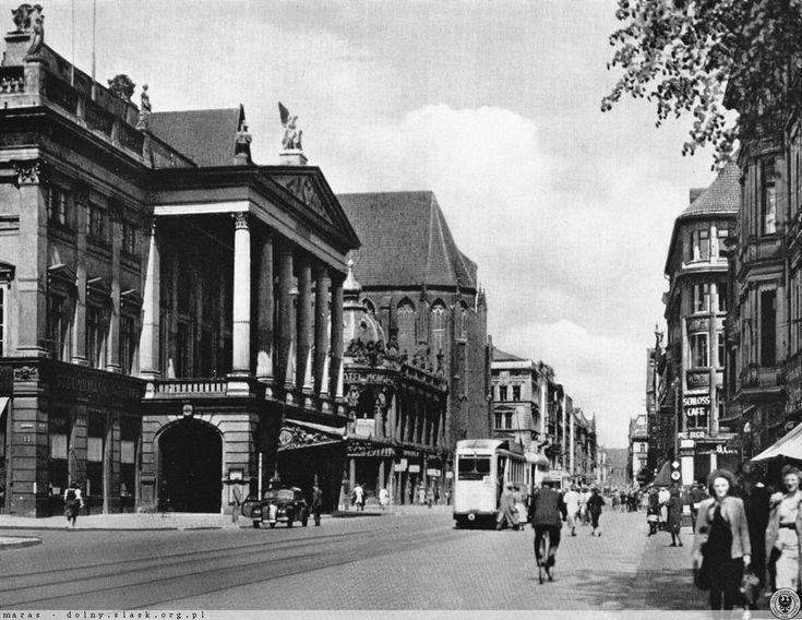 Ulica Świdnicka, reprezentacyjna arteria dawnego i obecnego Wrocławia. 1930-1940
