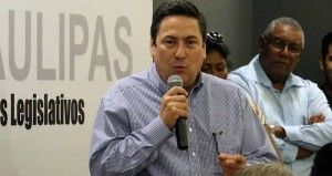 """El Partido Revolucionario Institucional (PRI) designó hoy como su precandidato único a la Gubernatura de Tamaulipas a Baltazar Hinojosa Ochoa. A través de un comunicado, el Comité Ejecutivo Nacional (CEN) del Tricolor informó esta noche que Hinojosa Ochoa será registrado el próximo 30 de enero como aspirante al Gobierno de Tamaulipas """"por decisión unánime […]"""