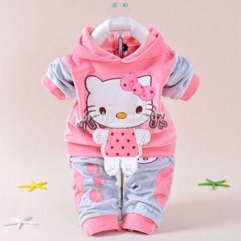 Nuevo estilo bebé ropa de invierno conjuntos de Hello Kitty con capucha capa + Pant buzos Twinset de manga larga de terciopelo recién nacido ropa gruesa