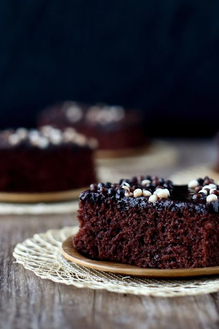 """Suklaapossu: """"Black Bomb"""" suklaapiirakka, maidoton ja munaton"""