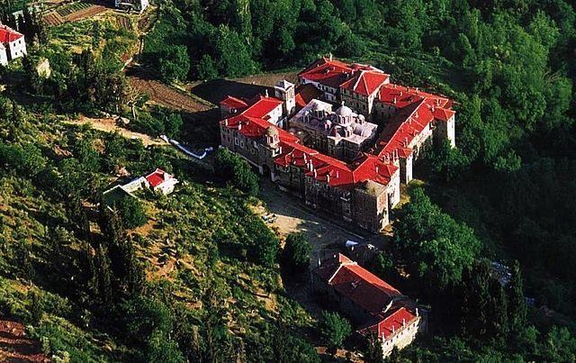 Η Ιερά Μονή Κωσταμονίτου από ψηλά / The Holy Monastery of Konstamonitou from high above