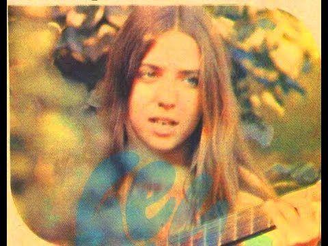 ✿ ❤ Perihan ❤ ✿ ♫ ♪ Yasemin Kumral - Yağmuru Durdurabilir misin (1974)(orjinal plak kayıt) (sözler:şu sevgi dedikleri, ne kadar da yağmura benzer, şu yağmur dedikleri, ne kadar da sevgiye benzer, yağmuru durdurabilir misin? sevgiden vazgeçebilir misin? hiç üzülme boş yere, elveda diyelim tüm kederlere, ver elini elime şarkı söyleyelim tüm sevenlere, yağmuru durdurabilir misin? sevgiden vazgeçebilir misin?