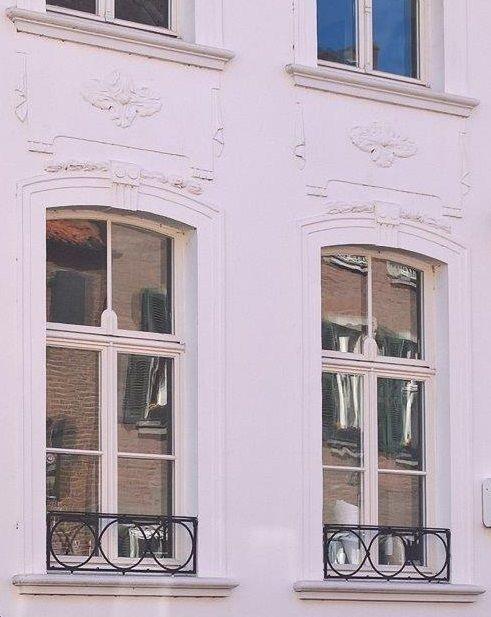 ausgefallene sprossenfesnster und schliches gitter wunderbare wirkung holzfenster sprossenfenster weiss - Sprossenfenster Anthrazit Grau