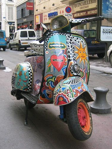 #ridecolorfully: Paintings Job, Vespas Ridecolor, Guys Stuff, Artworks, Motion, Scooters Art, Children Style, Style Fashion, Wasps Px