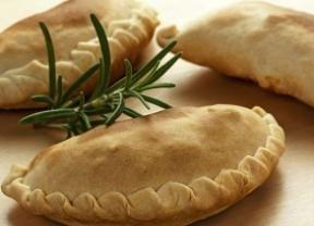 Com recheio de frango, pastel integral assado é mais leve e saboroso! - Gastronomia - Bonde. O seu portal