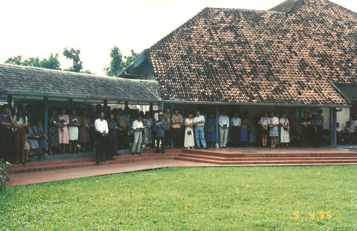 Pendopo katedral 9 april 95