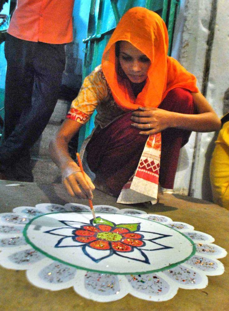 Hindu girl celebrates Diwali festival. —APP