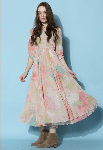 Printed with flower sketch all over on a pink and nude hue, this maxi frock brings you into a fascinating spring scenery wherever you go. Match with a pair of roman sandals and floral headdress to create a romantic look for a lovely day.  - Elasticized waist - Boat neckline - Slip on  - 100% Polyester - Machine washable   Size(cm) Length  Bust   Waist   Shoulder  Sleeves XS               125     85      65-73        37           47 S                125     88      70-78        38…