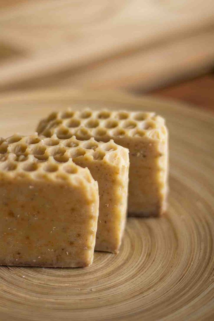 Loofah - Cuidado Natural. Jabón a base de aceite de oliva de Avena, Miel y Vainilla. Justo lo que necesitas cada mañana!!!