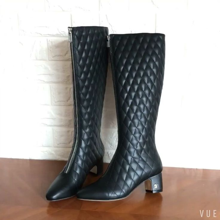 269 best Boots images on Pinterest   Socks, Boot socks and Dress socks : quilted long boots - Adamdwight.com