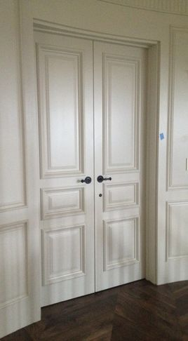 Traditional double doors, the white adds a clean effect
