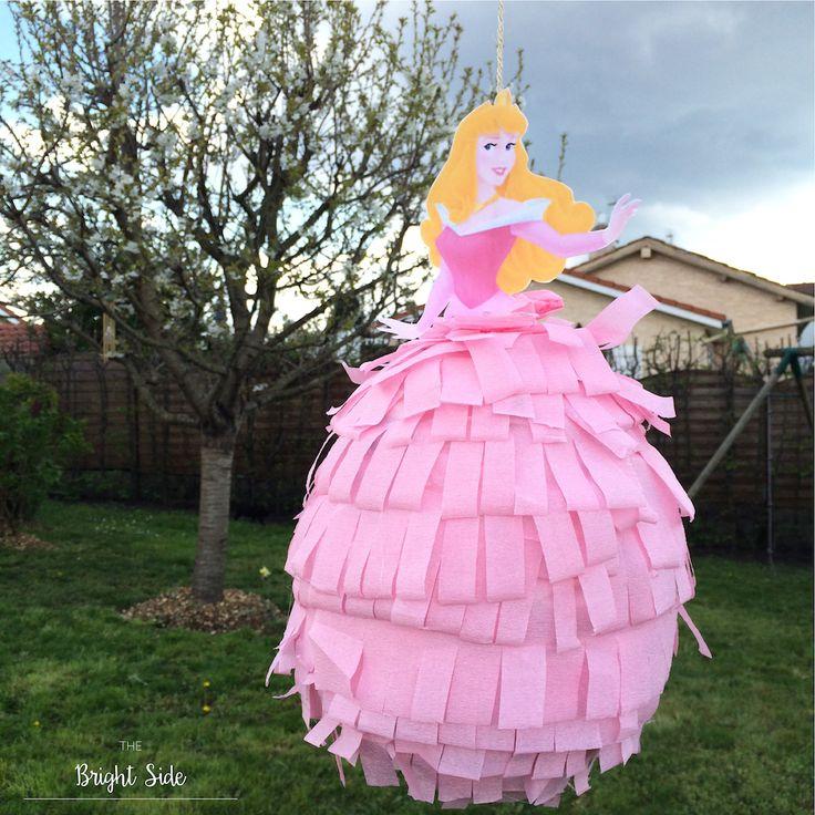 17 meilleures id es propos de princesse pi ata sur pinterest anniversaire de princesse. Black Bedroom Furniture Sets. Home Design Ideas