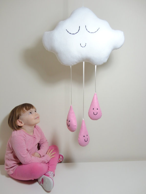 CLOUD & RAINDROPS MOBILE White Cloud with por Claireoncloud9, £30.00