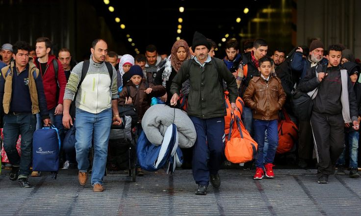 A senior UN official says he is very concerned that a hasty EU deal with Turkey could leave Syrian refugees unprotected and at risk of being sent back to a war zone.