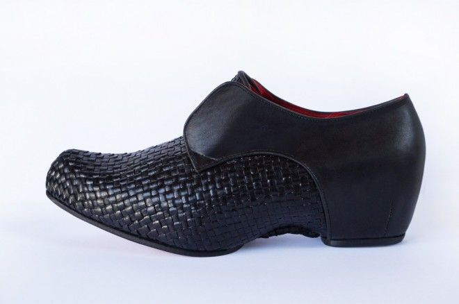 PRESTON ZLY - HANDWOVEN AVIGNON CLOG.  Taking inspiration from historical footwear,  this sculptural clog is built on a lovingly hand sculpted wooden platform, and features hand woven fine black leather outer and soft luxurious red leather padded interior.  Available exclusively at our Preston Zly design E:Boutique http://prestonzly.com/Collections/Classics/avignon-woven