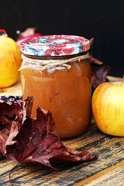 Aromatyczne prażone jabłka do szarotek i owsianek