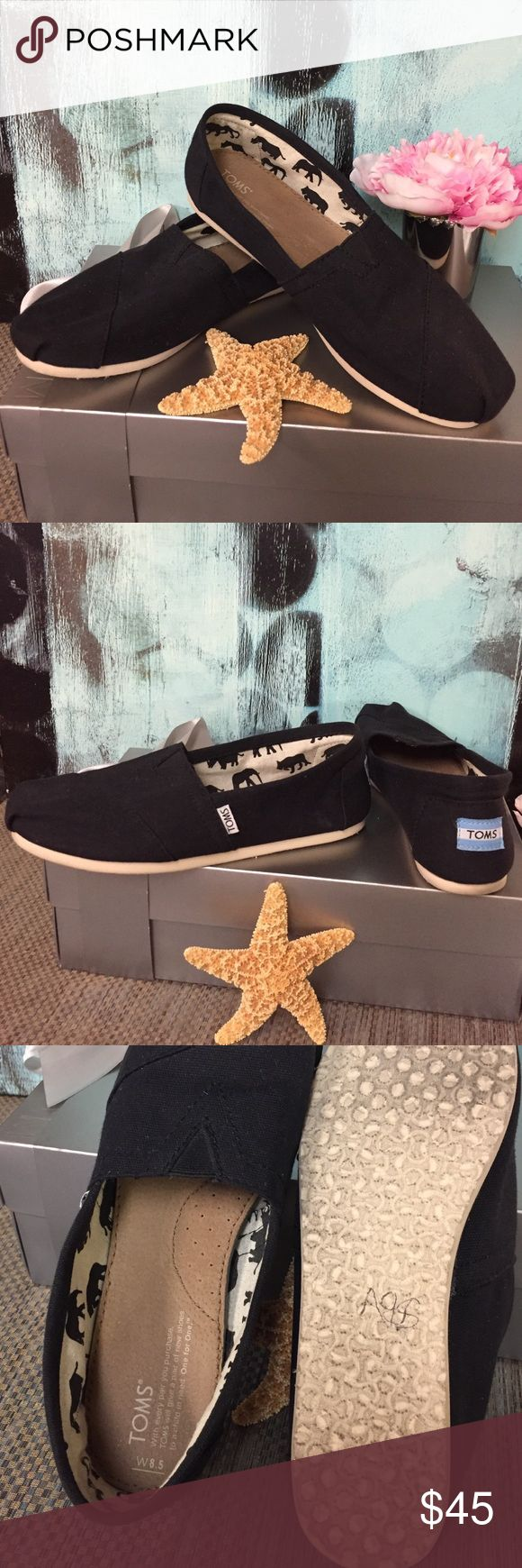 TOMS Flats Black canvas TOMS which are practically new. ❌Trades. [T.O] TOMS Shoes Flats & Loafers
