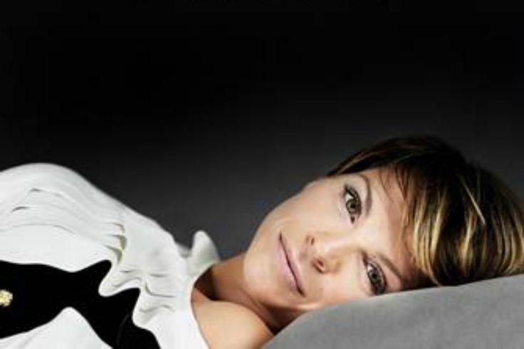 "H Alessandra Amoroso παρουσιάζει το νέο της τραγούδι ""Stupendo Fino A Qui"". (video)"