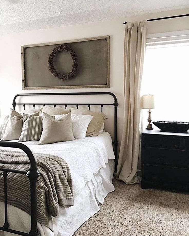 The 25 best joanna gaines bedding ideas on pinterest for Bedroom designs by joanna gaines