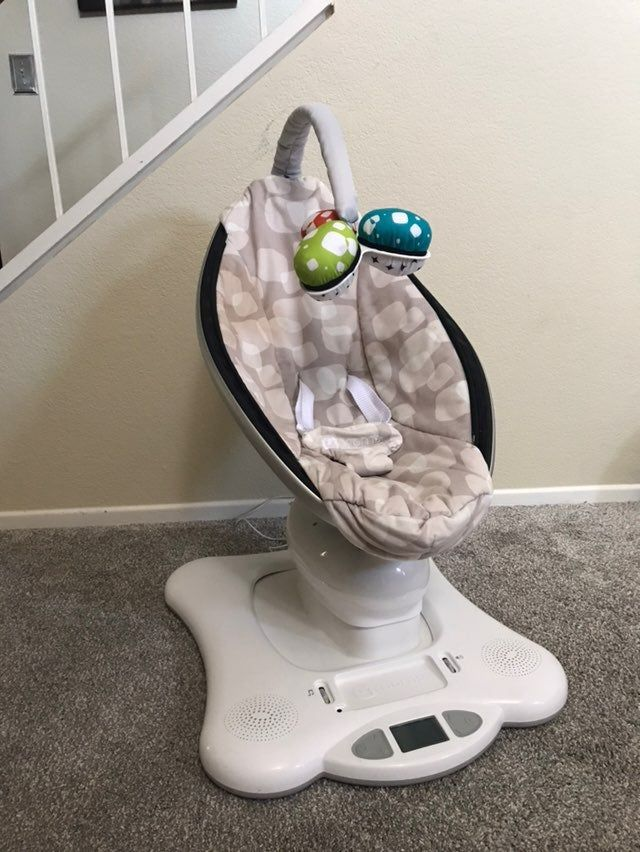 Mamaroo Toy Bar : mamaroo, MamaRoo, Swing, 4moms, Plush, Cover,, Holes, Rips,, Spots, Shown, Photos, (have, Tried, Remove)…, Mamaroo,, Swings,, Mamaroo