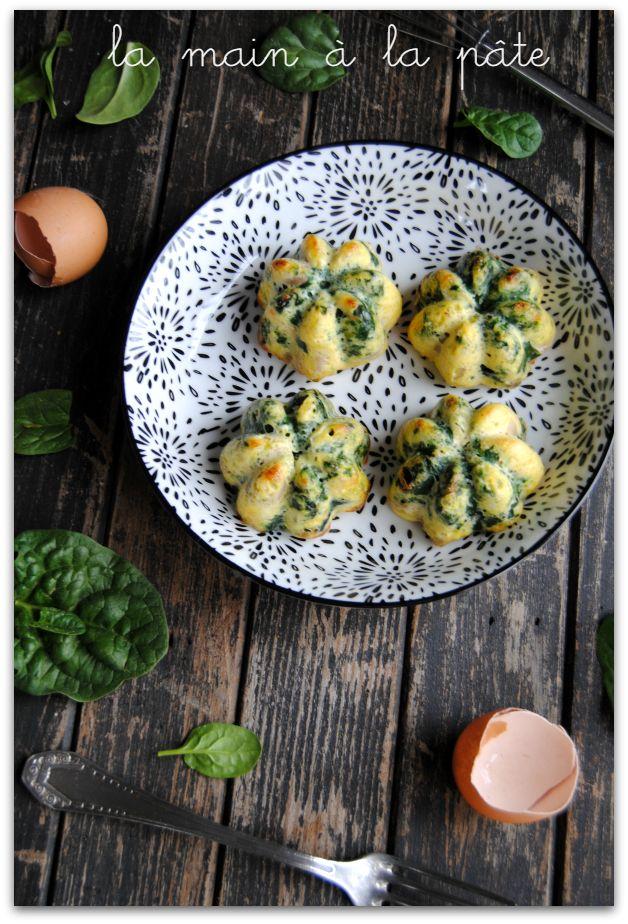Petites omelettes au four aux épinards frais et champignons -