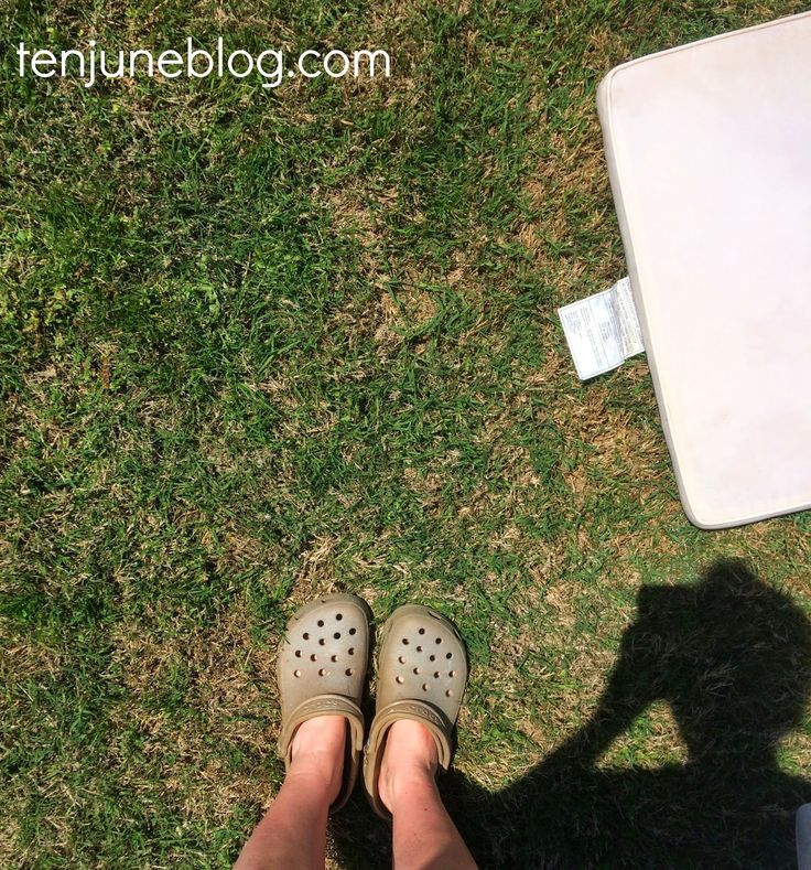 Ten June: How to Clean Outdoor Patio Cushions