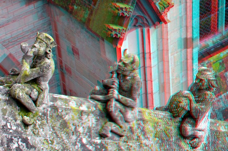 https://flic.kr/p/EVyCk2 | Figurines Buttresses St.Johns Cathedral Den Bosch 3D | anaglyph stereo red/cyan