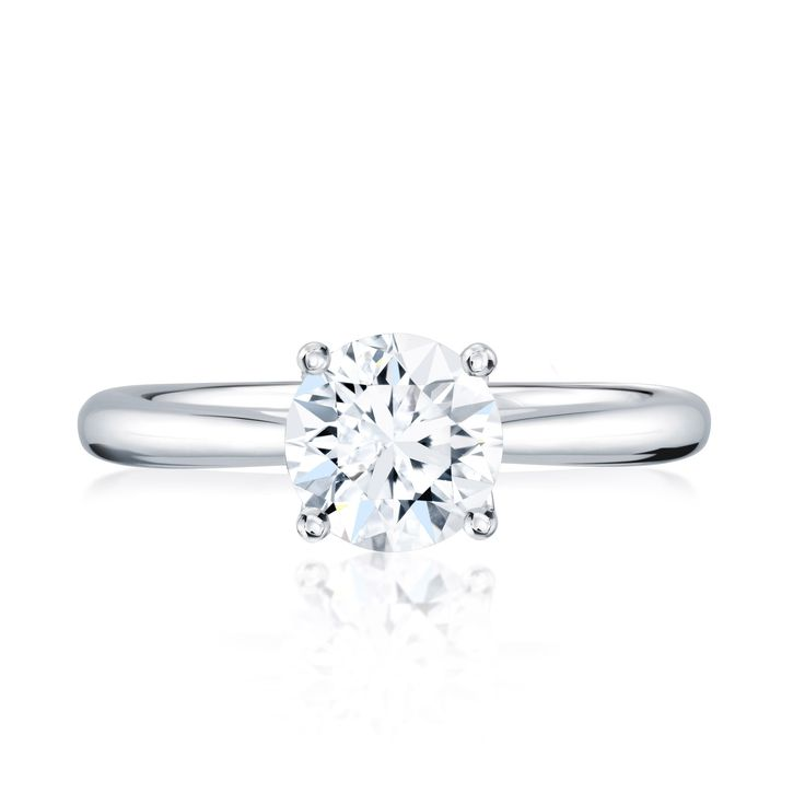 From the BIRKS 1879 Collection, this 18kt white gold and platinum solitaire diamond engagement ring has a round excellent-cut diamond. Offered in a wide range of carat weights, and colour and clarity grades. Handcrafted with Canadian diamonds.