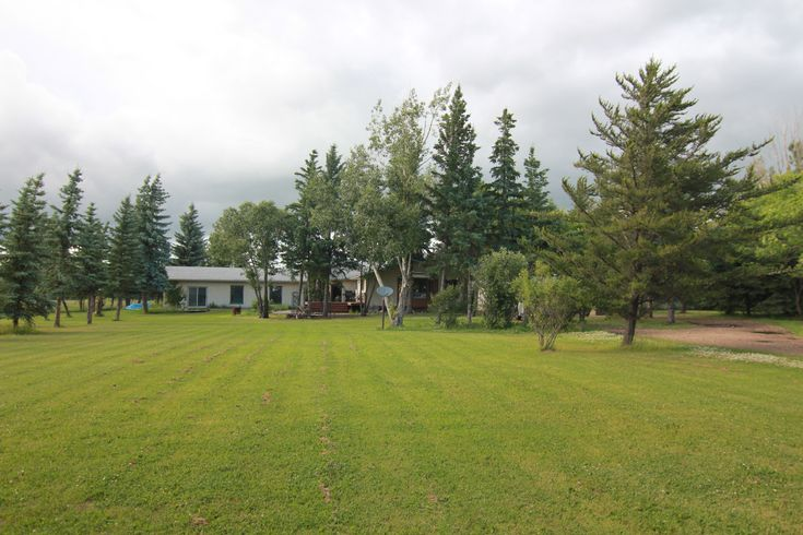 Call The Matthew Barry & Erin Willman Real Estate Group at 780-418-4922 or visit http://www.matthewanderin.ca/listings/view/188638/rural-sturgeon-county/9305-8888/26114-twp-rd-544 to view this 3 bed, 2.5 bath single family home in Sturgeon!