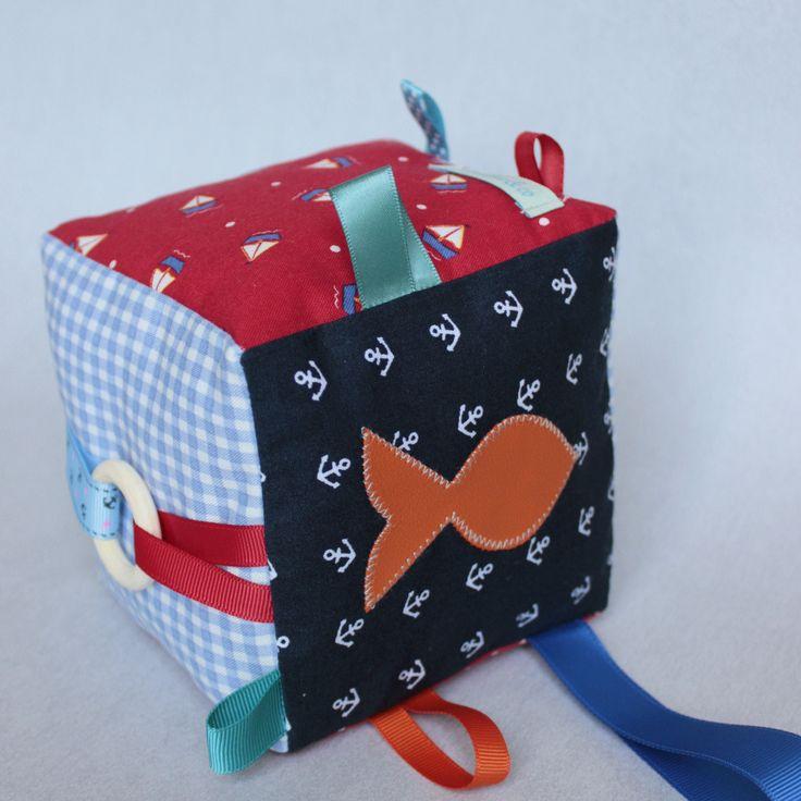 Cube d'éveil Bébé, Jouet sensoriel, Cube Hochet, Style Marin, Cadeau Naissance Original