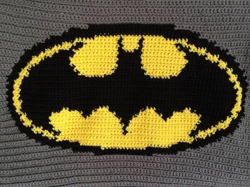Knitting Pattern For Batman Blanket : Batman - Knitting, sewing, crochet, tutorials, children ...