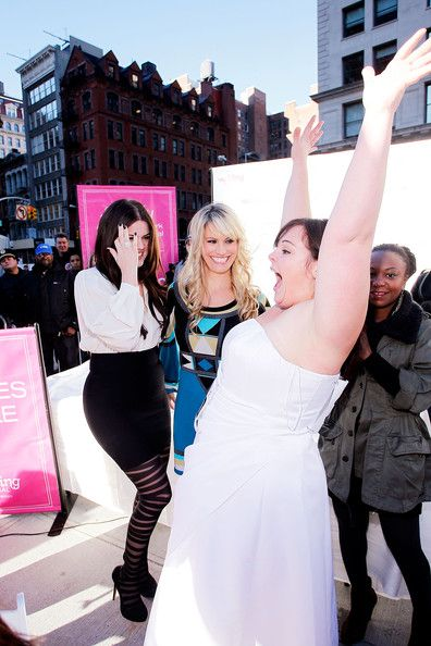 "Khloe Kardashian Photos Photos - (L-R) Judges Khloe Kardashian, Ceci Johnson,The Wedding Central ""If The Shoe Fits"" winner Stacy Steele and guest judge Annika Harris attend the Wedding Central ""If The Shoe Fits"" Stunt at Madison Square Park on November 9, 2010 in New York City. - Wedding Central ""If The Shoe Fits"" Stunt At Madison Square Park"