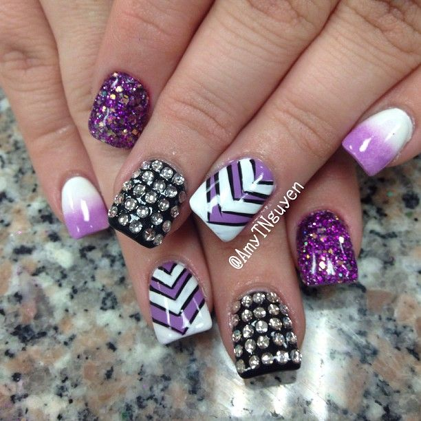 love every one of these nails, cant wait to show this to my nail technician =)