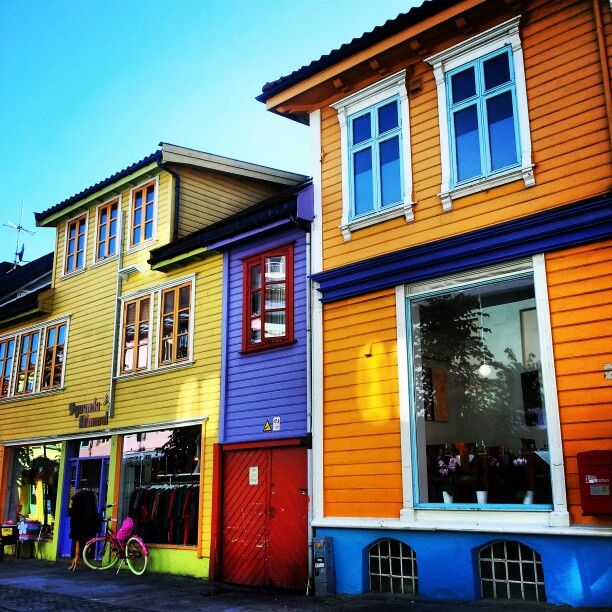Øvre Holmegate, the most colourful street in Norway!