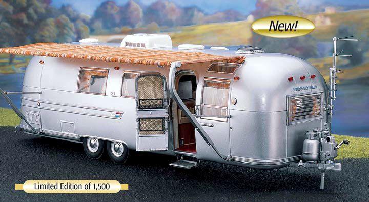 Franklin Mint Airstream land yacht miniatures for sale | Modell-Paradies Modellautos BBR CMC Danbury Mint Exoto Minichamps