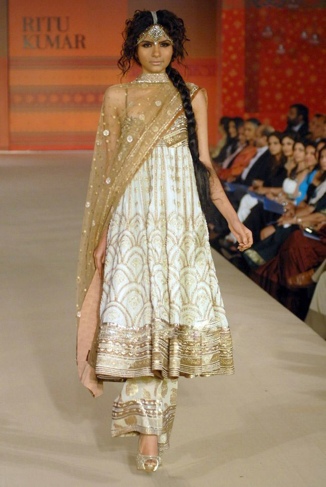 from Ritu Kumar's Collection- i would prefer chudidar instead. love the flow of design