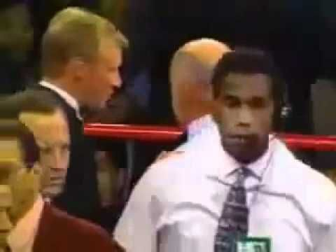 ♡♥Mike Tyson bites off Evander Holyfield's ear June 28th,1997♥♡