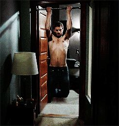 Pin for Later: 42 Reasons It's OK to Be Attracted to Jamie Dornan When He Plays Total Psychos When Paul Does These Sinister Pull-Ups