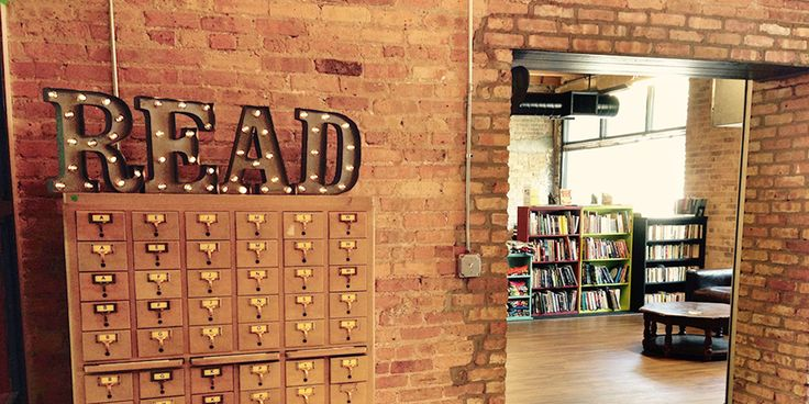 Not all independent bookstores have disappeared. Find inspiration and connect with Windy City book lovers at the coolest Chicago bookstores.