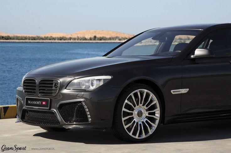 Choć lada moment pojawi się w sprzedaży jego następca, BMW Serii 7 F01 nadal pozostaje popularną limuzyną wyższej klasy. Co więc zrobić aby wyróżnić swoją Serię 7 spośród innych egzemplarzy? Jednym z rozwiązań jest zapoznanie się z ofertą = Mansory =!  Więcej informacji: http://gransport.pl/blog/bmw-serii-7-f01-pakietem-modyfikacji-mansory/