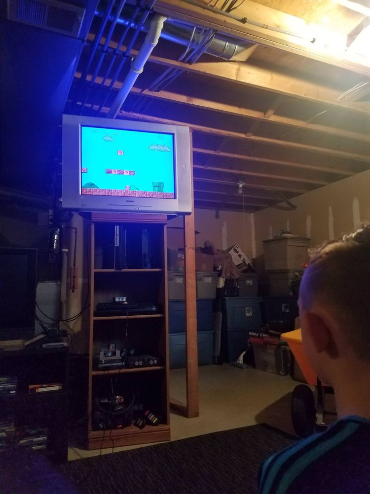 This is MY nephew playing NES for the first time