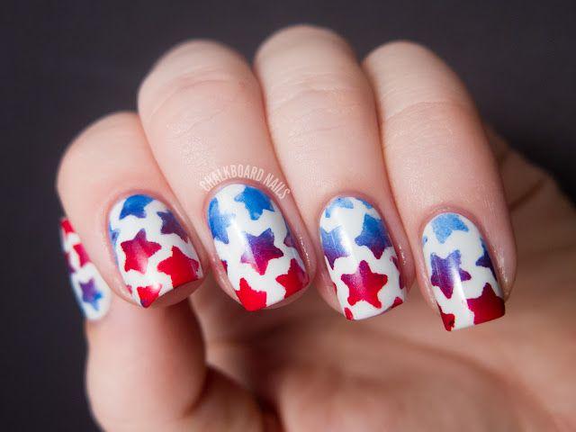 Chalkboard Nails: Stenciled Star Nails (+ Tutorial): Nails Art, Chalkboards Nails, Nails Design, Fourth Of July, Stencil Stars, Stars Nails, 4Th Of July, Nails Polish, Nails Tutorials