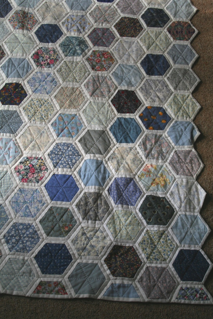 74 best images about grandmothers flower garden variations on pinterest hexagon pattern for Grandmother flower garden quilt pattern variations