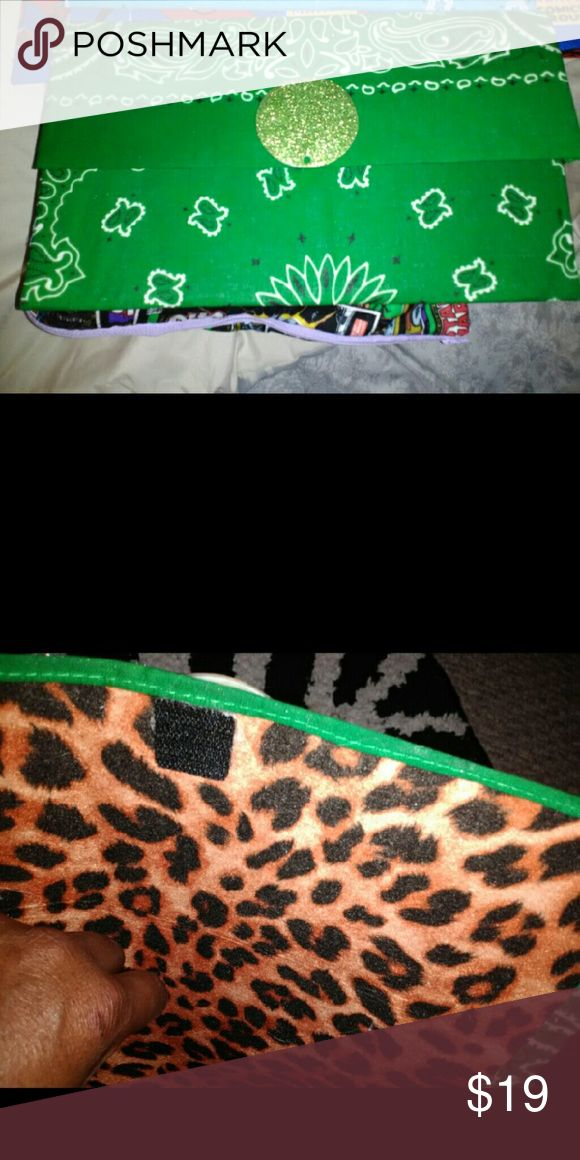 """Custom clutch To purchase this clutch that I customade order who . 100% Bandana.   7""""x12 velcro snap lots of room. Bags Clutches & Wristlets"""