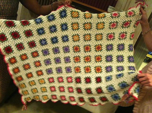 Ravelry: ARTKNITSTUDIO's Christening Gift - child´s blanket / Dåpsgave - pledd til Edel