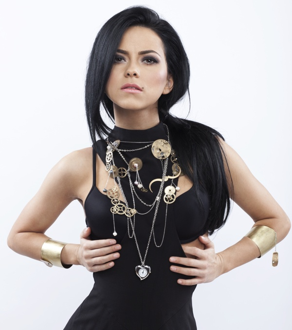 Elena Alexandra Apostoleanu Her Stage Name Is Inna She Is Romanian Singer/Dancer I Love Her Music!!!! <3