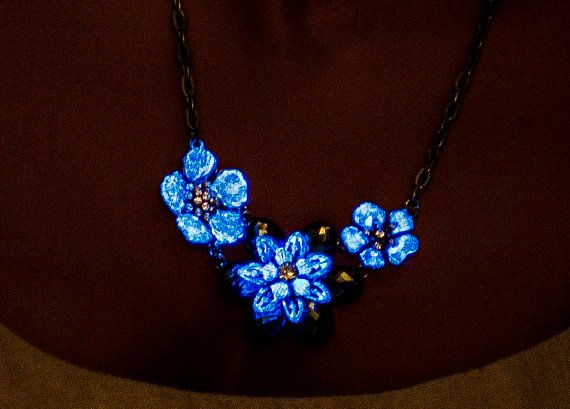 Glow in the dark flower necklace glowing by UptownGirlFashion